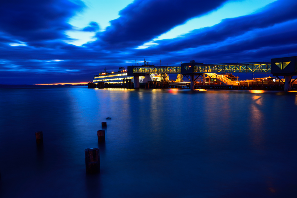 edmonds-ferry-sunset-mcauliffe-0406